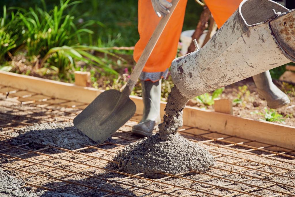 Бытовая бетон как замешивать цементный раствор видео